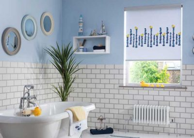 Quackers_Blackout_Blue-_Fun_Bathroom_Roller